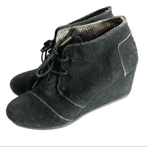 Tom's Black Suede Wedge Booties Size 8.5 W